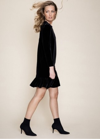 Emilie velour dress black